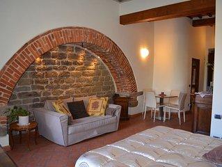 """La Corte del Re Guest House """"l'ospitalita nel centro di Arezzo"""""""