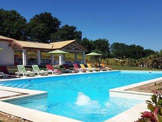Villa De Carlonis, piscina privata con Idromassaggio e Gajser, per 16 persone