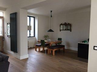 Jolie maison contemporaine et spacieuse