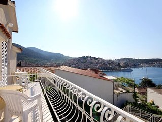 Studio flat with terrace and sea view Hvar (AS-591-b)
