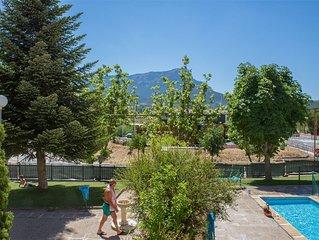 Céntrico Apartamento   piscina y garaje