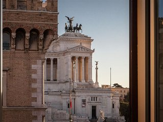Appartamento con vista su Piazza Venezia | Piazza Venezia View Luxury Apartment