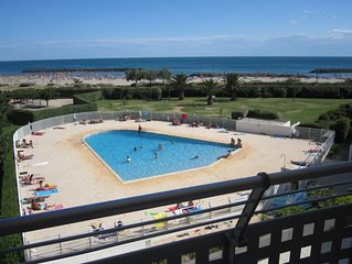 1ere ligne, Vue sur mer, piscine et Fort de Brescou