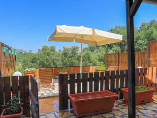House Lion has a great location in Corfu (northeast of Corfu town)