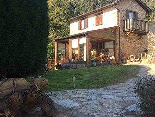 Preciosa casa rural con jardín junto al mar de las Rías Altas