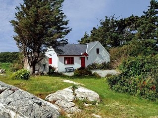 Traditional, renovated stone cottage, in superb location within typically rugged