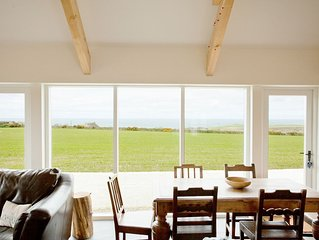 Beautiful cottage with uninterrupted views across to Abereiddy & the Blue Lagoon