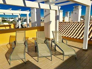 Luxury Algarve Penthouse Apartment Near Golf & Beach Sleeps 6