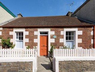 Beresford Cottage - Two Bedroom Cottage, Sleeps 4