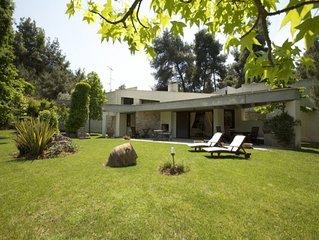 Exclusive villa in Sani, Halkidiki, for an elegant accommodation