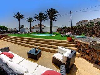 Casa Flor de Timafaya, Wifi, piscina privada climatizada con mucha intimidad