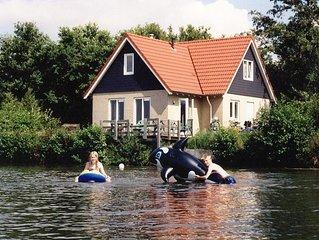 Groot vakantiehuis bij bos en meer