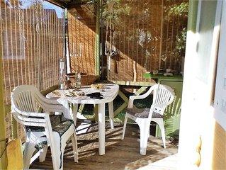 Agréable Chalet, 5 pers,  terrasse ,jardin,  200 m de la Plage, animaux ok