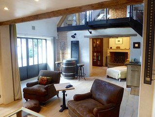A Cozy, Techy, Lofty Barn in the Heart of the Loire Valley Grands Chateaux Area