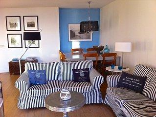 Luxe en gezellig appartement met fantastisch zicht op zee en strand