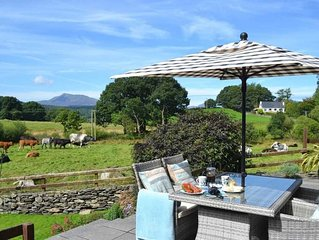 Tryfan Luxuary Cottage in Betws-y-Coed, Snowdonia, 2 en-suite rooms, sleeps 2-4
