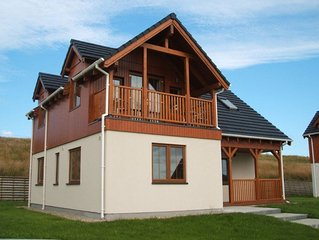 3 bedroom lakeside holiday home with hotel and leisure centre onsite