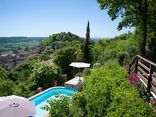 Secluded hilltop Villa spectacular views over medieval town 5 mins walk away