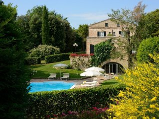 Villa Teia - Magnificent Villa surrounded by a Lush Park, with private pool
