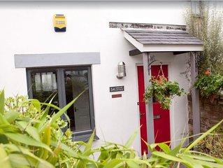 Cottage No.34 - Two Bedroom House, Sleeps 4