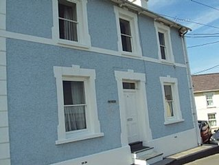 4 Bedroomed Cottage, So Close To The Beach That You Can See The Dolphins