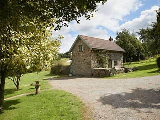 Orchard holiday cottage is a beautiful dwelling, ideal for couples, in a peacefu