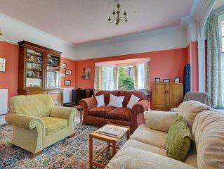 Kingsmead - Four Bedroom House, Sleeps 8