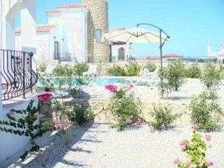 Bahceli Luxury Sea Front  Villa with Private   Pool, Sea and Mountain Views,  Fr