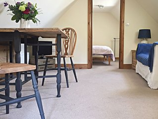 Self contained apartment at the foot of the blackdown hills