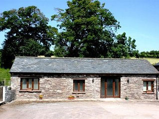 Danycrug Barn - Two Bedroom House, Sleeps 6