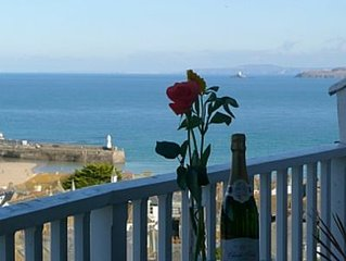Apartment With Fantastic Views Over St Ives And Out To Sea