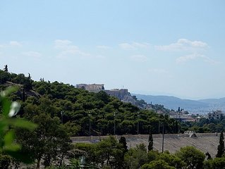 Family apartment with Acropolis view