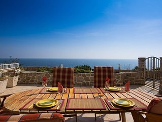 Dubrovnik, Modern, Spacious, Sea View, Large Terrace, BBQ, Free Private Parking