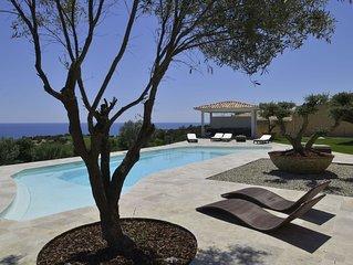 Propriete de prestige de 480m2  ,piscine chauffee 15*6 avec pool house, 6chb,6sd