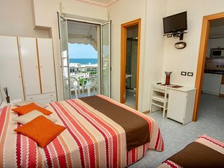 Accogliente appartamento per famiglie in Residence, in pieno centro e sul mare