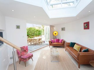 Crescent Cottage | Newly Refurbished 3 bedroom Mews Cottage with Private Garden