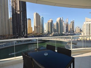 Marina facing 2br with great views