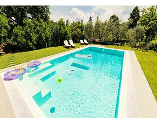 Villa with private pool in Lucca, special offers!