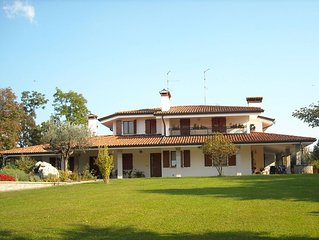 Splendida villa con piscina ed ampio parco nel cuore del friuli
