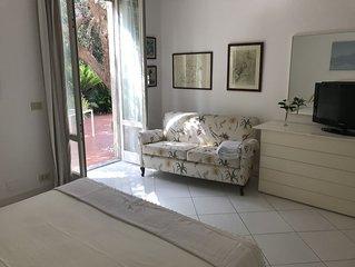 Camera con bagno indipendente all' interno della nostra Villa in Zaro