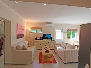 Luxe appartement te huur, volledig ingericht gelegen in een Residential aria....