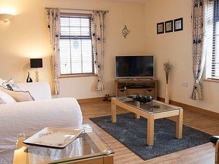 Sandstone. 1-Bedroom Apartment In Stromness Sleeps 2 And Is Perfect For Couples