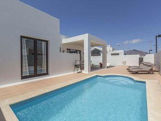 Modern Luxurious Villa With Private Heated Pool, Air Conditioning