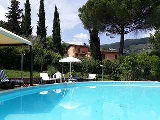 Villa with Private Pool and Spacious Garden, walk to restaurant, near Lucca.