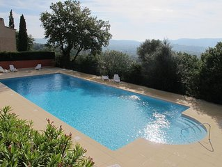 Provencal Family Villa, South Terrace, Pool & Stunning Views, near St Tropez