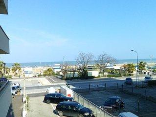 luxury appartment - Rimini zona centro primafila mare