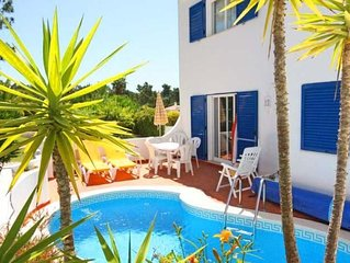 Villa with Heatable Pool and Tennis Membership in Vale do Lobo T117