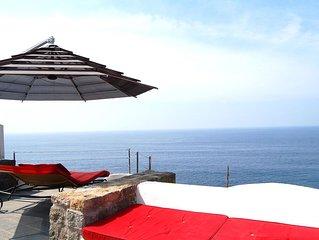 Splendida Villa a picco sul mare con piscina a sfioro e discesa a mare privata