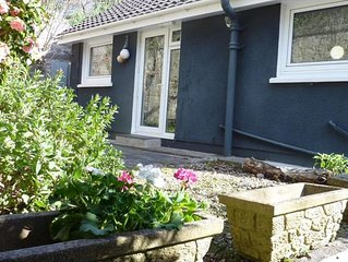 Pear Tree Cottage - One Bedroom House, Sleeps 2