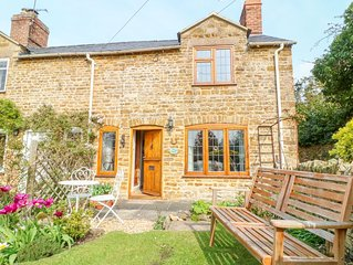 Horseshoe Cottage, HOOK NORTON